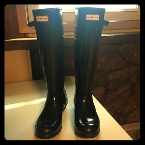 Hunter Tall Gloss Boots - size 8